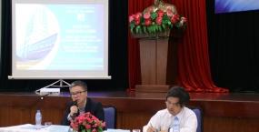 Giáo sư Ngô Bảo Châu đến thăm và làm việc tại Đại học Đà Nẵng