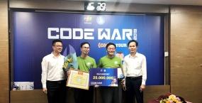 """Trường Đại học Sư phạm Kỹ thuật vinh dự là đơn vị duy nhất trên toàn quốc nhận Giải thưởng UniSpirit tại Cuộc thi lập trình dành cho sinh viên mang tên """"Code War"""" năm 2019"""