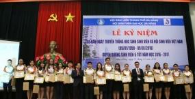 """Tuyên dương 20 """"Sinh viên 5 tốt"""" tiêu biểu cấp Đại học Đà Nẵng"""