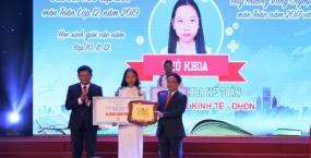 Đại học Đà Nẵng triển khai nhiều chính sách hỗ trợ kịp thời sinh viên đầu năm học mới