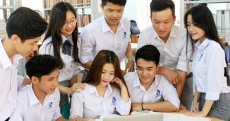 Tân sinh viên Đại học Đà Nẵng khóa 2018