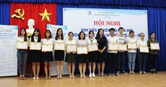 Đại học Ngoại Ngữ: Hội nghị Sinh viên Nghiên cứu Khoa học năm 2017.