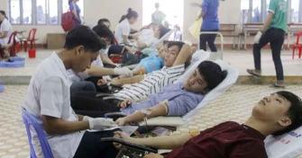 Trường Đại học Sư phạm – ĐHĐN: Gần 500 đơn vị máu được hiến trong ngày hội Hiến máu nhân đạo