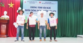 Sinh viên Cao đẳng Công nghệ Thông tin tham gia truyền thông phòng chống HIV/AIDS