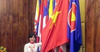 Nữ sinh Đà Nẵng trên các diễn đàn quốc tế