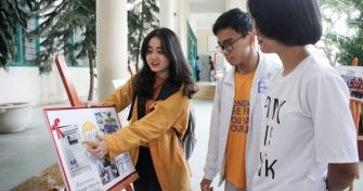 Triển lãm ảnh: Sinh viên với học thuật và tình nguyện