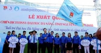 Sinh viên Đà Nẵng lên rừng, ra đảo, làm tình nguyện ở Lào