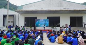 Sinh viên Đà Nẵng trồng cây xanh gây dựng Công viên khoa học