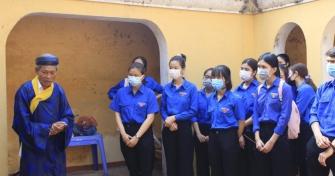 """Tuổi trẻ Đại học Đà nẵng và hành trình địa chỉ đỏ với chủ đề """"Tự hào tuổi trẻ Việt Nam"""""""